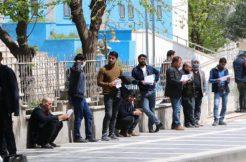 Şanlıurfa'da Tarım İşçileri İzin Sırasına Girdi