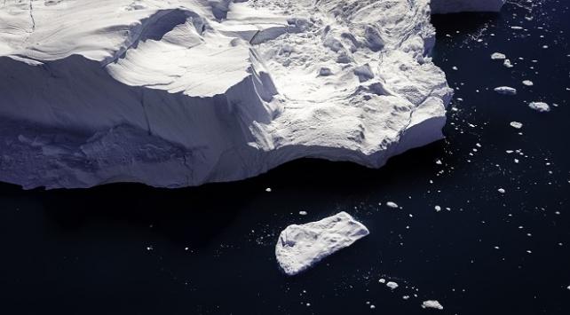 Kuzey Buz Denizi'ndeki buzullarda tarihi azalma
